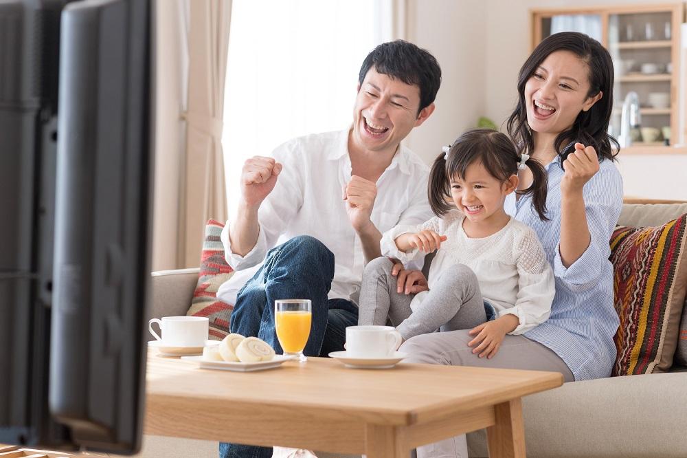 ドコモ光のテレビオプションで家族みんなで楽しもう!内容と月額料金など詳しく解説